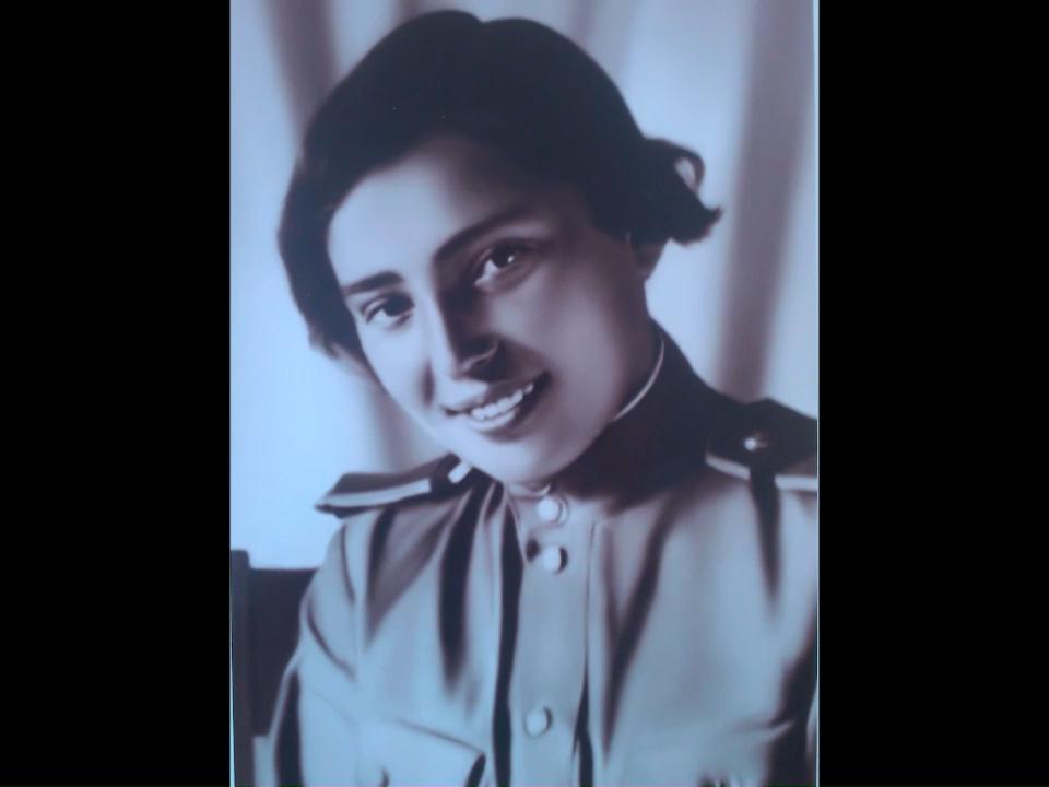 пресс-центра Дома офицеров и из семейного архива Ирины Борисовны Щаповой.